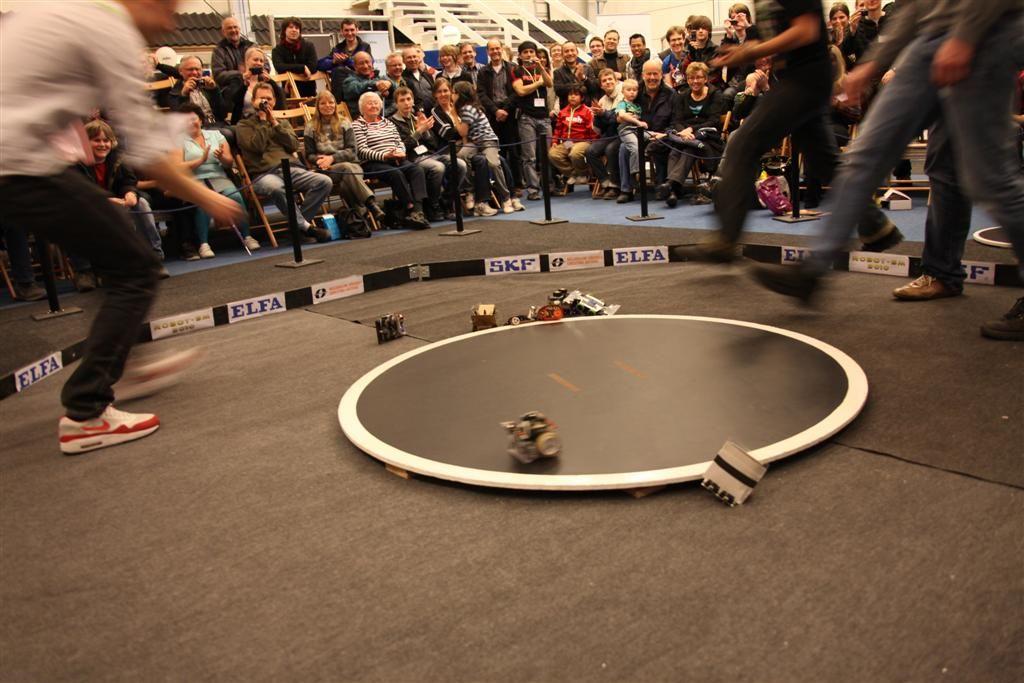 small_RobotSM20103221